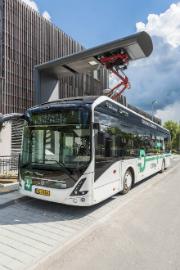 Die ersten vier vollelektrischen Stadtlinienbusse des Typs Volvo 7900 E aus der Serienproduktion haben Anfang Juni 2017 ihren Betrieb aufgenommen.