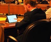 Der Rat der Stadt Wolfsburg arbeitet künftig digital.