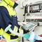 Mit dem Notfall-Tablet können Rettungskräfte am Einsatzort die Vitaldaten des Patienten manuell erfassen oder automatisch aus angeschlossenen Geräten übernehmen lassen.