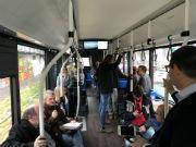 Mitglieder des Koblenzer Stadtrats und Journalisten waren mit dem E-Bus durch Koblenz unterwegs.