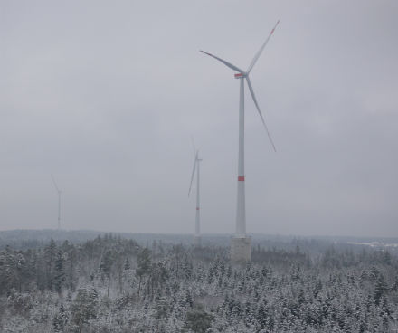 Mit einem Anteil von rund 40 Prozent ist Windkraft an Land die stärkste Ökostromquelle.