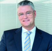 Mainova-Vorstandschef Constantin H. Alsheimer bleibt weitere fünf Jahre im Amt.