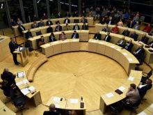 Schleswig-Holsteinischer Landtag beschließt Umstieg auf quelloffene Software.