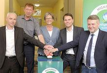Startschuss für schnelles Internet an Düsseldorfer Schulen.