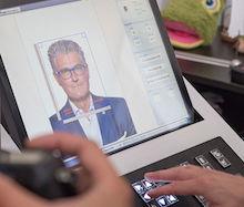 In Düsseldorf können Passbilder via De-Mail künftig direkt vom Fotografen in das Antragsverfahren der Stadt übermittelt werden.