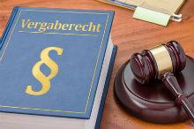 Ausschreibungen von Finanz-Software: Anbieter beklagen den Bruch des Wettbewerbs- und Vergaberechts.