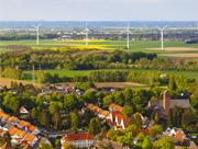Dezentrale Energieprojekte vorausschauend planen und Beteiligte einbeziehen.