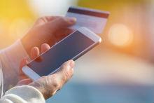 Gebühren für Behördenleistungen komfortabel begleichen: QR-Code scannen und bezahlen.