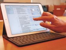 Auf Sitzungsunterlagen greift der Mannheimer Gemeinderat jetzt elektronisch zu.