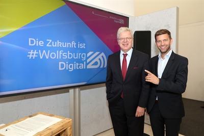 Die Internet-Präsenz von #WolfsburgDigital wird vorgestellt.