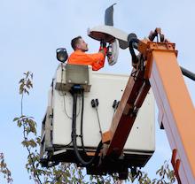 Niedrige Energiekosten, längere Leuchtdauer, weniger Streulichtverlust– die Hertener Stadtwerke setzen auf LED-Leuchtmittel.