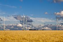 Onshore-Windkraft rückläufig: Im Jahr 2018 wurden nur 743 Anlagen mit einer Leistung von rund 2.400 Megawatt (MW) errichtet.
