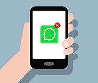 Ahrensbök will als erste Gemeinde in Schleswig-Holstein ihre Bürger über WhatsApp erreichen.