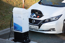 In Hagen erbringt ein Elektroauto vom Typ Nissan Leaf Primärregelleistung.
