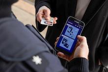 Die Fahndung via Smartphone bei der Bundespolizei erleichtert Abfragen.