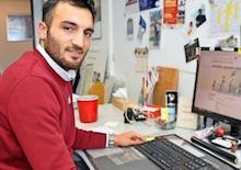Kesip Caran, Projektleiter für E-Payment bei der Stadt Sehnde, freut sich dass Gebühren für Urkunden im Personenstandswesen jetzt auch online beglichen werden können.