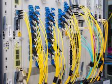 Plauen: 12.000 Haushalte können nun via Glasfaser im Internet surfen.