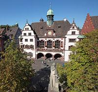 Freiburg im Breisgau: Verwaltungsdienste per PayPal bezahlen.