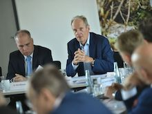 Erste Sitzung des Kommunalbeirats der Telekom in Berlin.