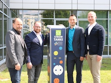 """Pilotprojekt, """"Heimkommen und Auftanken"""": Jenaer Mieter erhalten die Chance auf eine Ökostrom-Tankstelle in Wohnungsnähe."""