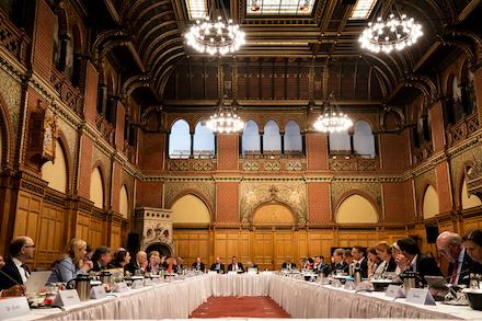 Gemeinsame Kabinettssitzung der Regierungen von Schleswig-Holstein und Hamburg im Lübecker Rathaus.