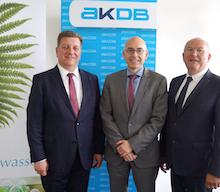 Zweckverband Wasserversorgung Bayerischer Wald und AKDB kooperieren beim Vertrieb der Software waldwasser.