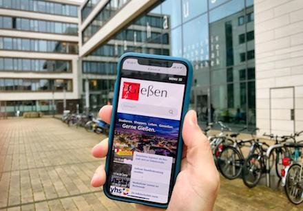 Internet-Präsenz der Stadt Gießen ist jetzt für den Aufruf mit mobilen Endgeräten optimiert.