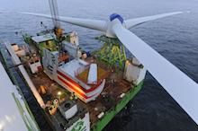 Der Ausbau von Windenergie auf See geht planmäßig voran.