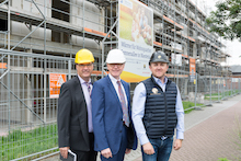 Fünf der insgesamt sechs Baukörper des Quartiers in Niestetal stehen, der letzte befindet sich kurz vor Fertigstellung.