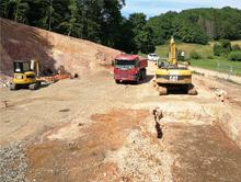 Bau der Heizzentrale für das neue Nahwärmenetz der Gemeinde Gimbweiler.
