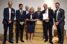 Auch der Publikumspreis des 18. E-Government-Wettbewerbs geht an das Hamburger Projekt Kinderleicht zum Kindergeld.