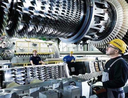 Die notwendigen Modifikationen und Neuentwicklungen, um Wasserstoff im Gasnetz verarbeiten zu können, werden in zwei Schritten ab den Jahren 2020 und 2030 verfügbar sein.