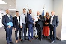 Ende September hat das Bundesamt für Sicherheit in der Informationstechnik (BSI) das CC-Zertifikat an das Unternehmen Sagemcom Dr. Neuhaus übergeben.