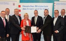 Land Hessen, kommunale Spitzenverbände und IT-Dienstleister ekom21 haben eine Vereinbarung zur OZG-Umsetzung geschlossen.