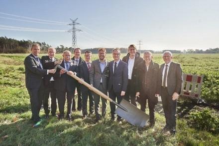 Spatenstich zum neuen Projekt des Bürgerwindparks Fehndorf-Lindloh.
