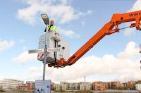Die Stadtwerke Konstanz haben im Rahmen eines Pilotprojekts kommunizierende LED-Leuchten am Weber- und Winterersteig entlang des Seerheins installiert.