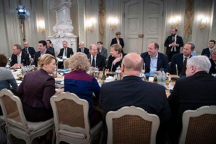 Die Bundesregierung trifft sich zur Digitalklausur auf Schloss Meseberg.