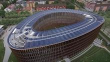 Rathaus im Stühlinger: Dach und Fassade des Gebäudes werden aktiv zur Energiegewinnung genutzt, neben der Stromerzeugung über PV auch zur Wärmeerzeugung über PVT-Kollektoren.