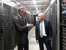 Hoher Besuch im neuen Rechenzentrum von Dataport.
