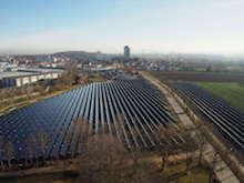Insgesamt 1.088 Kollektoren wurden für das Projekt SolarHeatGrid aufgestellt.