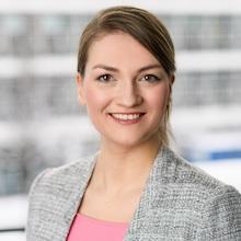 Judith Gerlach, Bayerns Staatsministerin für Digitales, kündigt eine Bayern-App für die digitale Verwaltung an.