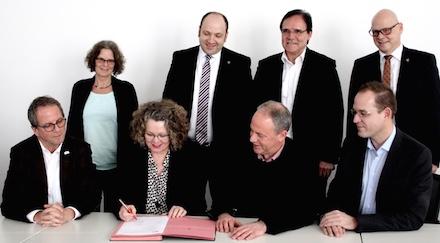 Kreis Euskirchen: interkommunale Zusammenarbeit mit der kdvz Rhein-Erft-Rur vertraglich festgehalten.