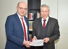Kreis Grafschaft Bentheim und Anbieter ITEBO schließen Vertrag für das künftige Bürgerportal.