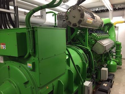 KWK-Anlage mit aktivem Wärmespeicher-Management.