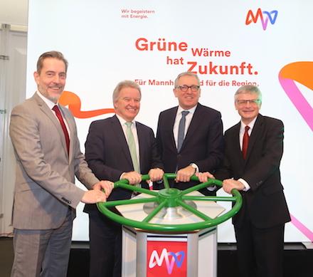 Startschuss für die grüne Fernwärme in Mannheim und der Metropolregion Rhein-Neckar.