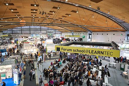 Zum Themenbereich digitale Bildung in der Schule präsentierten sich auf der diesjährigen Learntec rund ein Drittel mehr Aussteller als im Vorjahr.