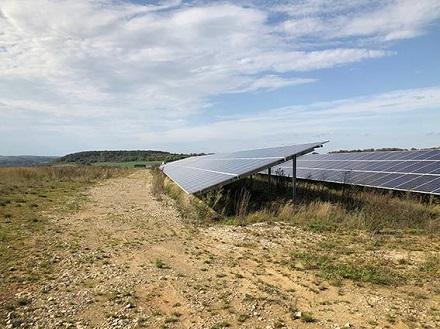 Der Solarpark Kersch kurz vor der Fertigstellung.