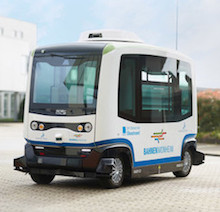 Automatisiert fahrende E-Busse der Firma Easymile.