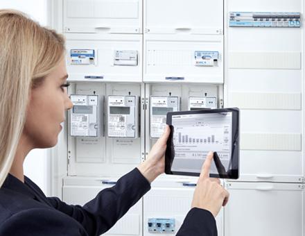 Intelligente Messsysteme ermöglichen Mehrwertdienste wie die Visualisierung der Verbrauchsdaten im Web-Portal.