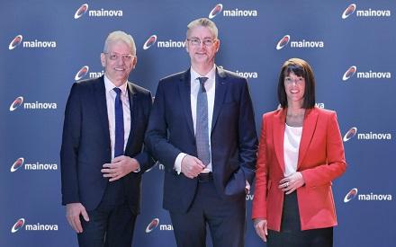 Die Mainova-Vorstände Norbert Breidenbach (l.), Dr. Constantin H. Alsheimer (Vorsitzender) und Diana Rauhut.
